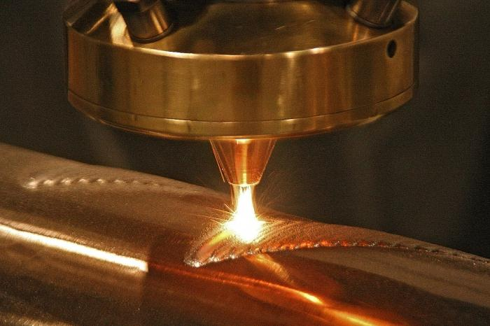 Лазерная сварка в области обработки листового металла